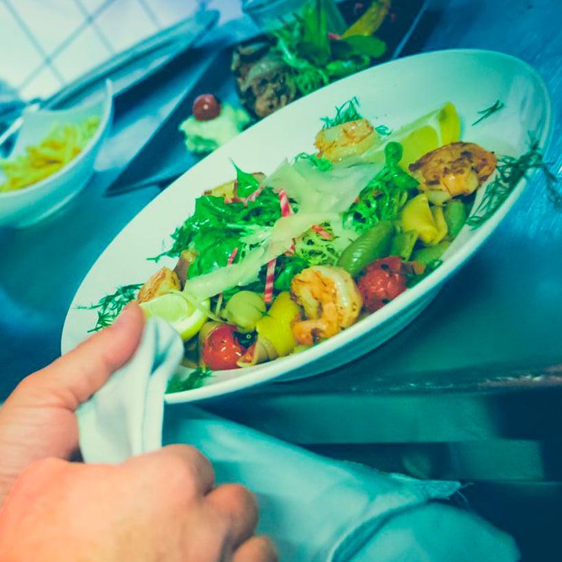 L'Unik Terrasse - restaurant Haguenau : Le midi ou le soir pour vos repas d'affaires, de famille ou entre amis